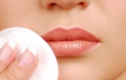 راه های پیشگیری و درمان تبخال - 13 روش خانگی جلوگیری تبخال | مجله هفتگی